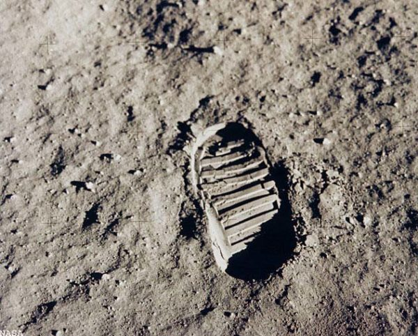 8 Hidden Secrets of the Apollo 11 Moon Mission